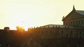 Solnedgång över barocka rokokoarkitekturstilar, europeisk kultur arkivfilmer