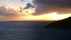 Solnedgång över bergen av Tortola lager videofilmer