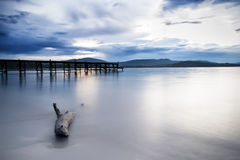 Solnedgång över Blacket Sea och reserven Ropotamo fotografering för bildbyråer