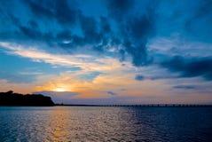 Solnedgång över Chesapeakefjärden Maryland Arkivbilder