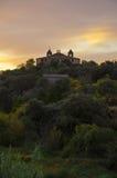 Solnedgång över den Abiego byn, Spanien Royaltyfria Bilder