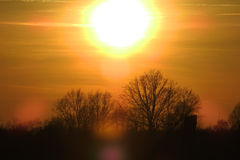 Solnedgång över den byTomasica våren 2017 hr/cro Fotografering för Bildbyråer
