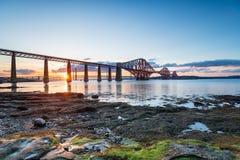 Solnedgång över den fjärde bron royaltyfri fotografi