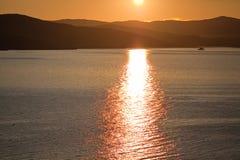 Solnedgång över den Olkhon ön Fotografering för Bildbyråer