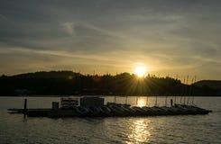 Solnedgång över den Rocky Point skeppsdockan Royaltyfri Fotografi