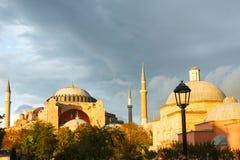 Solnedgång över det Hagia Sophia museet Arkivfoton
