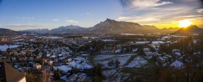Solnedgång över fjällängarna, Salzburg Arkivbilder