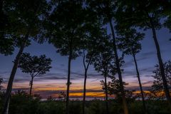 Solnedgång över Green Bay i Door County, Wisconsin arkivfoto