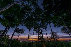 Solnedgång över Green Bay i Door County, Wisconsin arkivbild