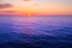 Solnedgång över havet! Royaltyfria Bilder