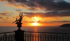 Solnedgång över havet av Sanremo Royaltyfri Fotografi