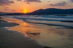 Solnedgång över havet på ön av Kreta Royaltyfri Foto