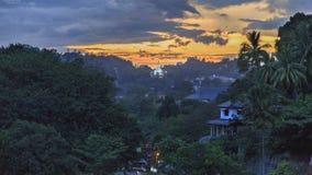 Solnedgång över Kandy - Sri Lanka Arkivfoto
