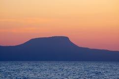 Solnedgång över Kretaön, Grekland Arkivbilder