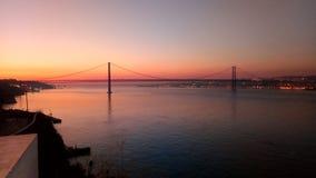 Solnedgång över Lissabon royaltyfria foton