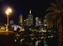Solnedgång över Melbourne CBD Royaltyfri Bild