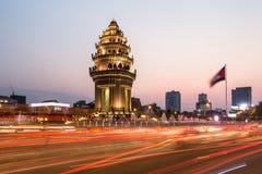 Solnedgång över Phnom Penh Royaltyfri Fotografi