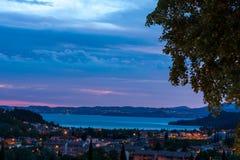 Solnedgång över sjön Garda Fotografering för Bildbyråer
