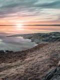 Solnedgång över sjön Vanern, Sverige arkivbilder