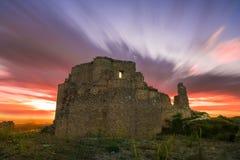 Solnedgång över slotten royaltyfri fotografi