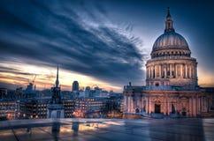 Solnedgång över St Paul Royaltyfria Bilder