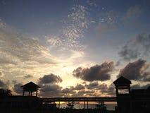 Solnedgång över sydkinesiska havet Arkivbilder