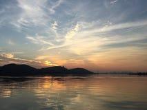 Solnedgång av den östliga sjön Royaltyfria Foton