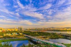 Solnedgång av Han River fotografering för bildbyråer