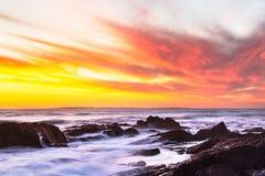 Solnedgång av havet i Cape Town arkivbild