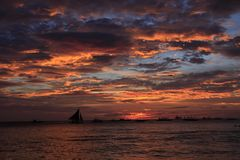 Solnedgång boracay arkivfoto