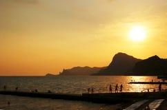 solnedgång för aboriginalsBlack Sea sudak royaltyfri fotografi