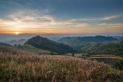 Solnedgång för Doi samerdao Arkivfoton
