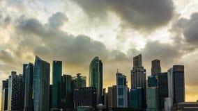 Solnedgång för epos för byggnader för Singapore Cityscape finansiell stock video