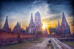 Solnedgång för gammal tempel Royaltyfria Foton
