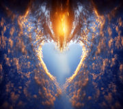solnedgång för hjärtaformsky royaltyfri bild