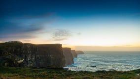 solnedgång för moher för clare klippaco ireland Clare Ireland Europe Royaltyfria Foton