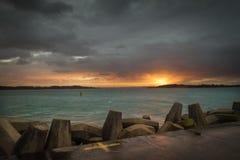 Solnedgång för Richards fjärdhamn Arkivbild