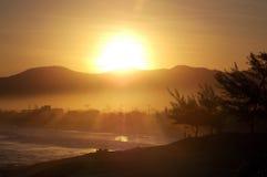 Solnedgång för Saquarema ` s Arkivbilder