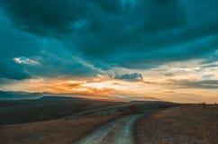 solnedgång för sky för aftonliggandehav royaltyfri bild