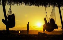 Solnedgång från hängmattan arkivbilder