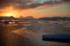 Solnedgång i Antarktis Royaltyfria Foton
