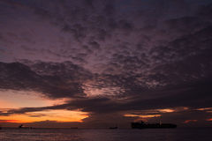 Solnedgång i Asien Royaltyfri Bild