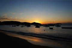 Solnedgång i Buzios Arkivbilder