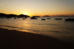 Solnedgång i Buzios Royaltyfria Foton