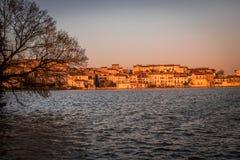 Solnedgång i Castelnaudary, Frankrike Royaltyfria Bilder