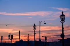 Solnedgång i centret fotografering för bildbyråer