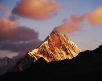 Solnedgång i Cordilleras Royaltyfri Foto