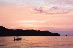 Solnedgång i Costa Rica Arkivfoton