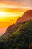Solnedgång i dalen nära staden av Ella, Sri Lanka Arkivbilder