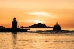 Solnedgång i den Aalesund staden i Norge Royaltyfria Foton
